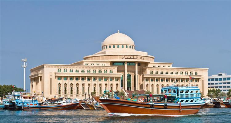 """后前往外观有阿拉伯度假村之称的""""朱美拉古城堡""""-运河酒店(约30-45"""